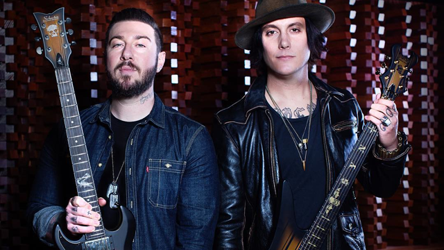 Zacky Vengeance Amp Synyster Gates With Their 2016 Signature