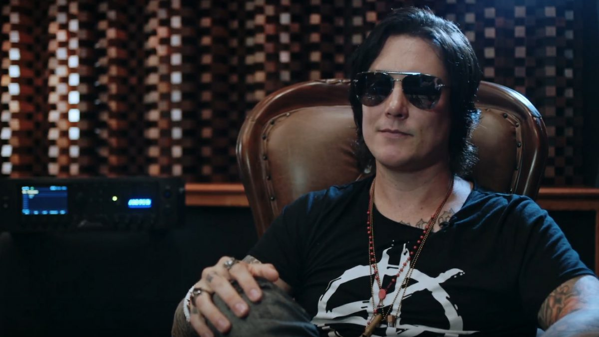 Synyster Gates Sits Down With Fractal Audio Avenged Sevenfold
